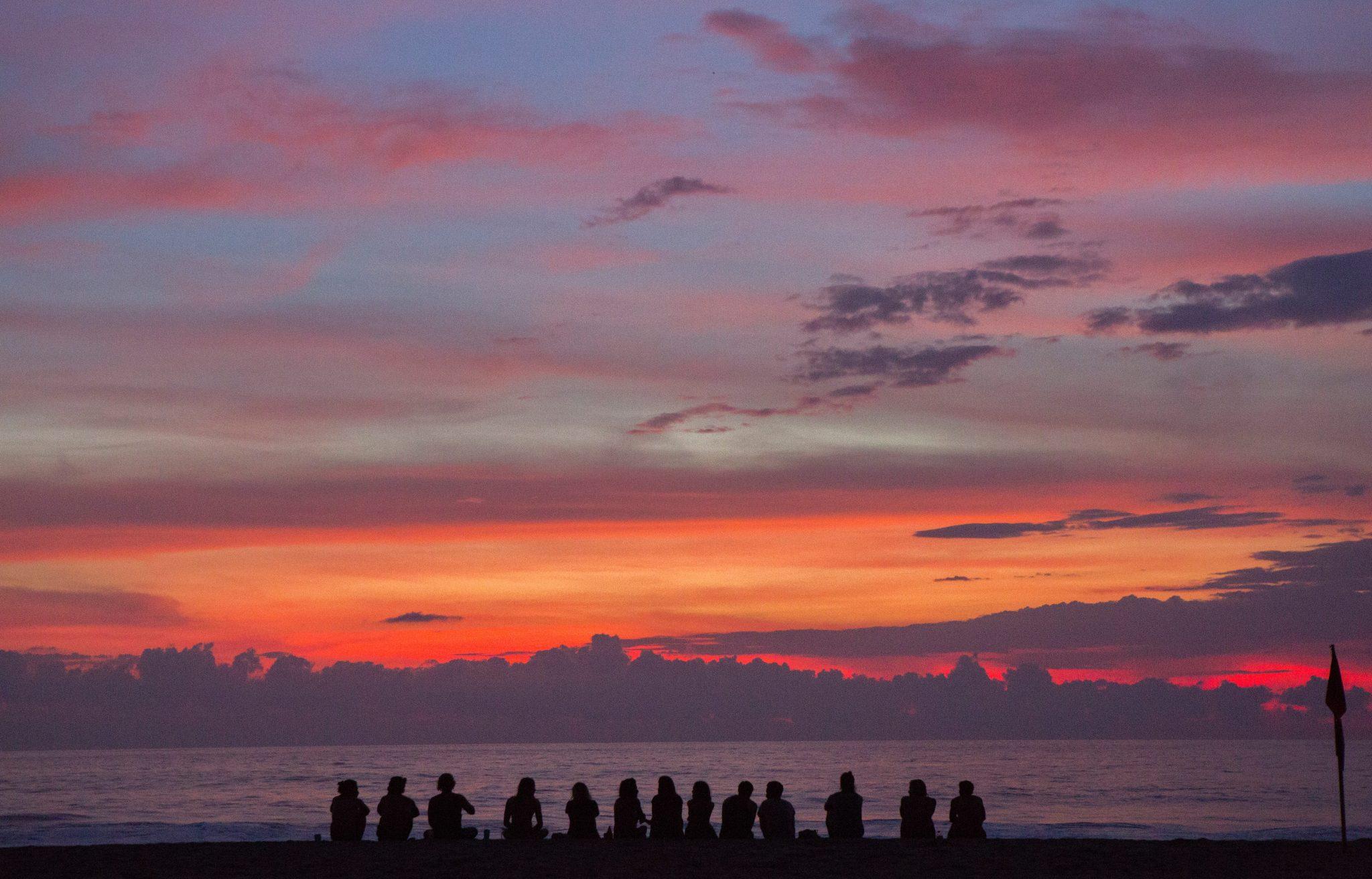group-sunset-beach
